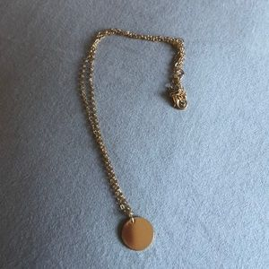 BRAND NEW Trendy Gold Plateted neclace